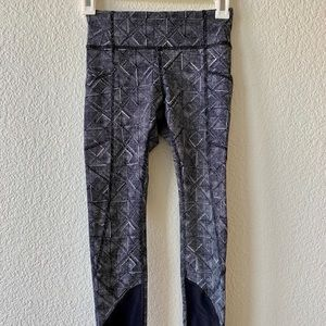 Lululemon compression pants size 2